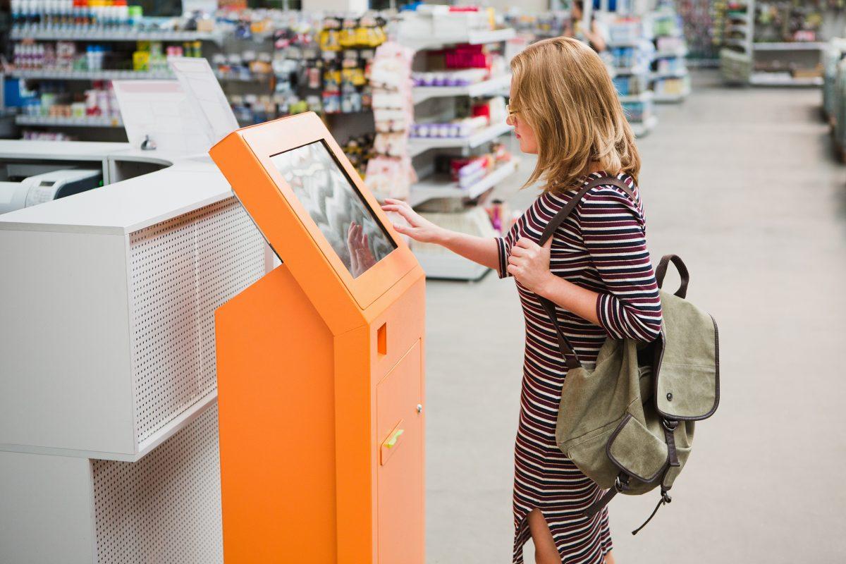 Auchan se met au kiosque digital d'aide à la vente