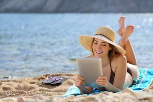 Lire un magazine ou un catalogue dynamique et interactif sur tablettes tactiles, smartphones ou ordinateurs